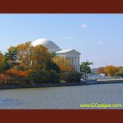 Thomas Jefferson Memorial during Fall season.
